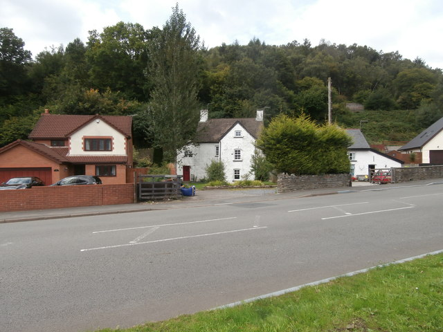 Houses new and old, Llanbradach