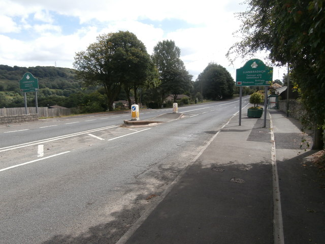 Entering Llanbradach from the north