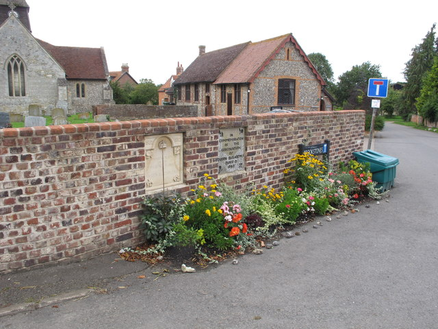 Flower bed by coronation and jubilee plaques, Sydenham