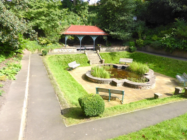 Sunken garden and shelter in Coronation Park