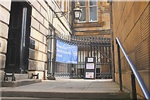 NT2574 : Passageway by the Royal Bank of Scotland, St Andrew Square by Jim Barton