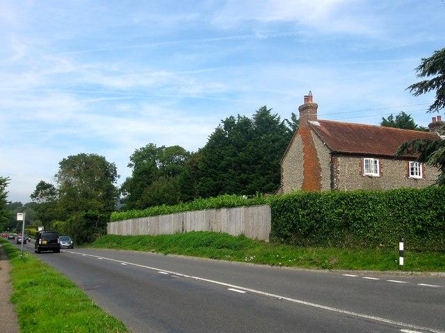Plantation Cottage, Clapham Common, Patching