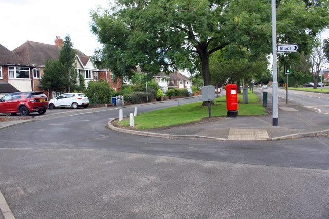 Comberford Road (A513) opposite Cedar Drive