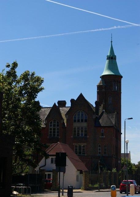 Pardes House Grammar School, Finchley
