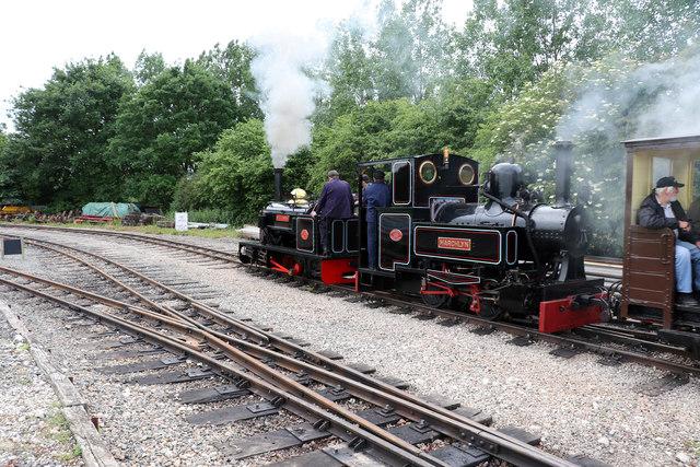 Statfold Barn Railway - departing Oak Tree Halt
