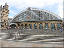 SJ3590 : Main entrance, Liverpool Lime Street railway station by Roger Cornfoot