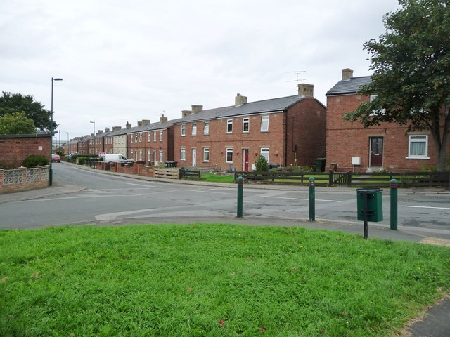 Woodside, Brotton