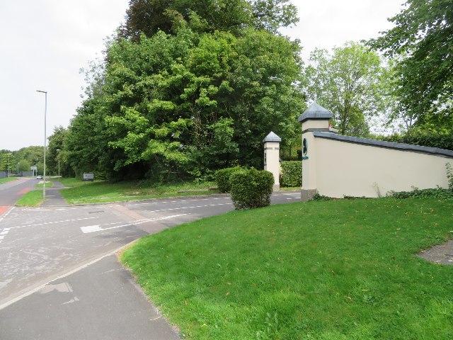 Entrance to De La Rue