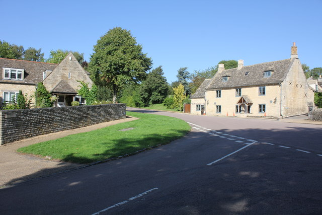 Grooms Barn and Corringham, Stamford Road, Duddington