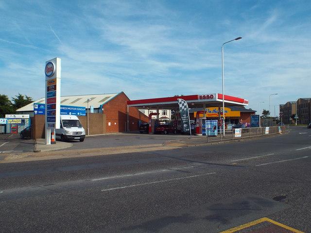 Petrol station on Rainham Road South, Dagenham