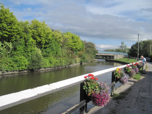 Leeds and Liverpool Canal at Appley Bridge
