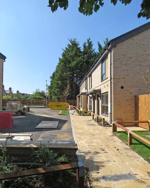 Cherry Hinton: new homes off Fulbourn Road