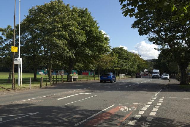 Dunbar Road junction with Lochbridge Road