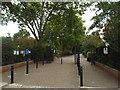 TQ4084 : West Ham Park gate by Malc McDonald