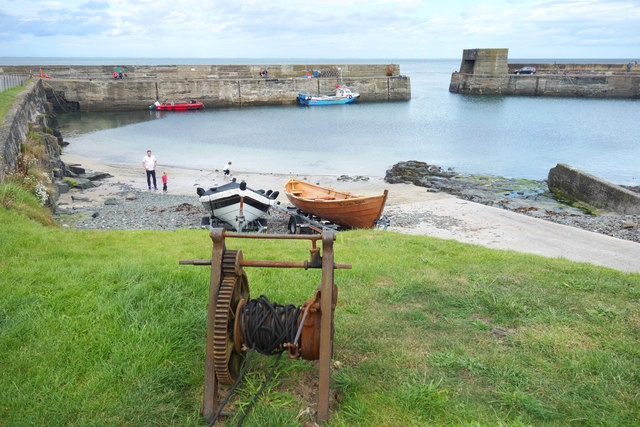 Old Winch at Craster Harbour
