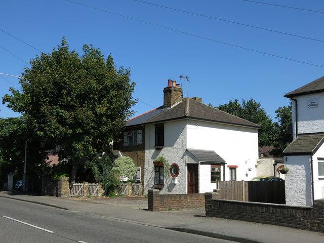 Mill Road / Wise Lane