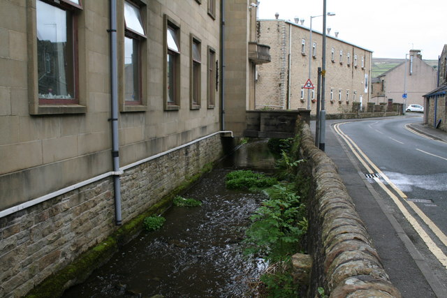 Earby:  Earby Beck