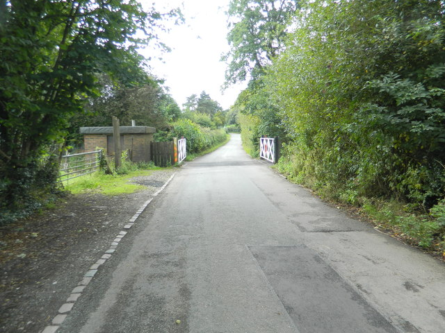 Level crossing, Caverswall Rd, between Dilhorne and Caverswall