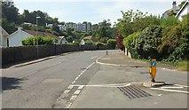 SX9364 : Junction, Ilsham Road by Derek Harper
