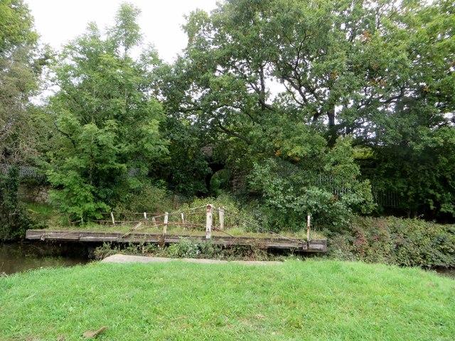 Fisher's swing bridge