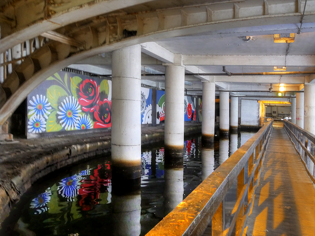 Rochdale Canal Beneath Piccadilly