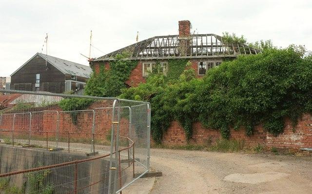 Derelict house at McArthur s Warehouse,... © Derek Harper ... 02f71d6560