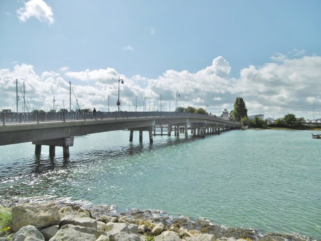 Gosport, Haslar Bridge
