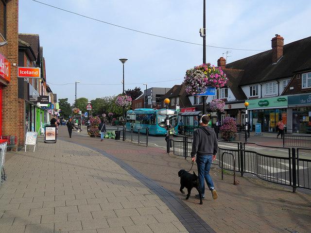 West Bridgford: flowery Central Avenue