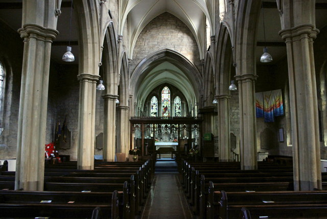 The nave of St Michael & All Angels' Church, Broadway.