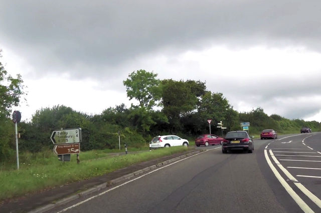 B3115 junction with A367