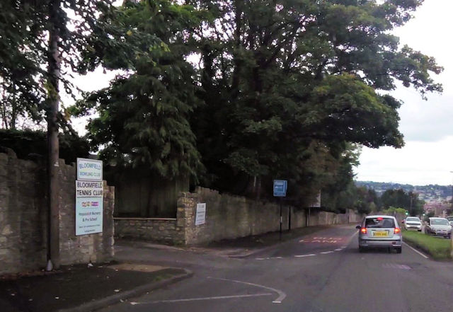 Entrance to Bloomfield Tennis Club