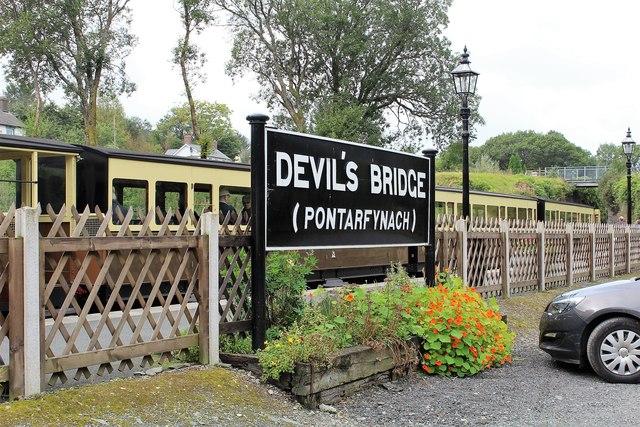 Devil's Bridge - Pontarfynach