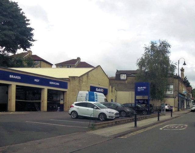 Kwik Fit on London Road