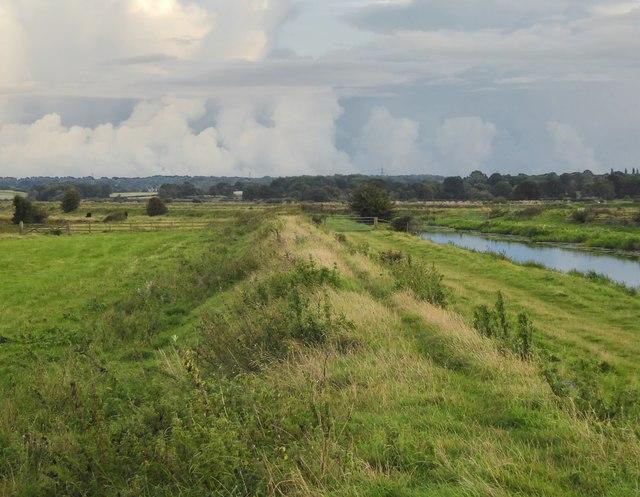 Potman's Heath Channel - with rain on the way