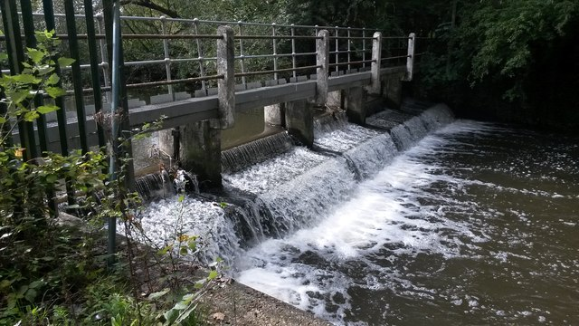 Weir on River Colne