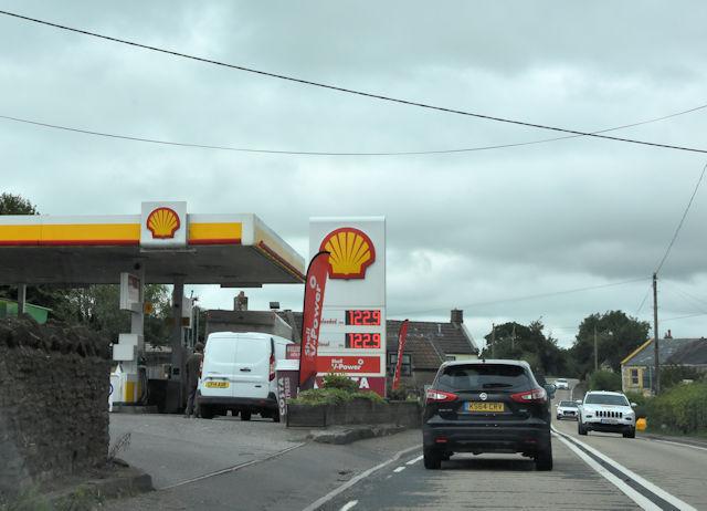 Shell garage at Pennsylvania