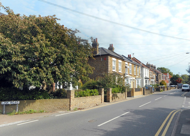 Houses along Convent Road