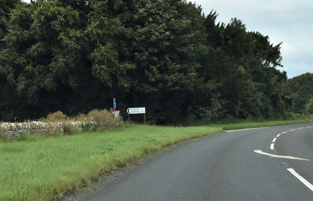 Road junction at Nan Tow's Tump from A46