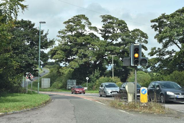Traffic lights at Calcot