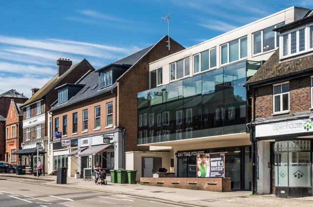 285-293 High Street by Ian Capper