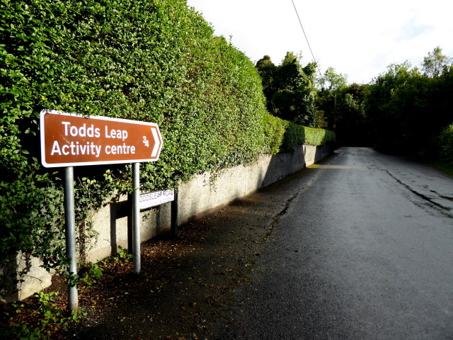 Todds Leap Road, Shantavny Scotch / Greenhill Demesne