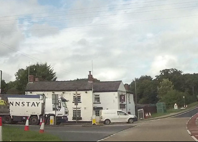 Llynclys crossroads and the White Lion