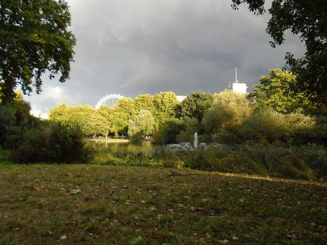 Evening colours, St James Park