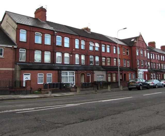 Three-storey houses, Penarth Road, Cardiff
