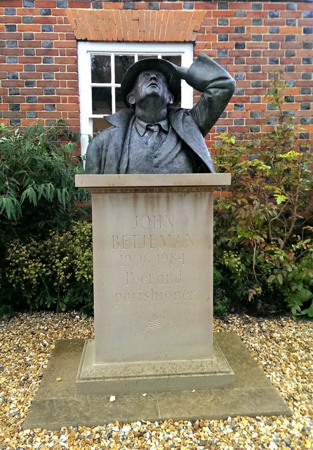 Statue of Sir John Betjeman, Vale and Downland Museum, Wantage