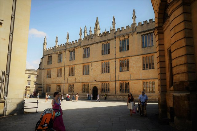 Clarendon Square and The Bodleian Library