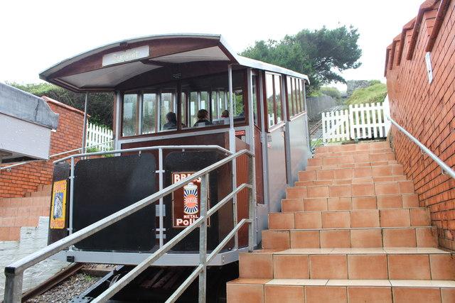 Cliff railway car