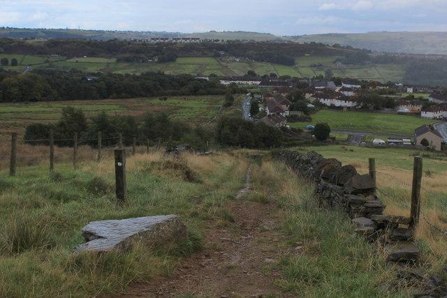 Bridleway descending Eastwards towards Mixenden