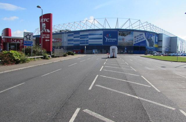 Ffordd Fred Keenor towards Cardiff City Stadium