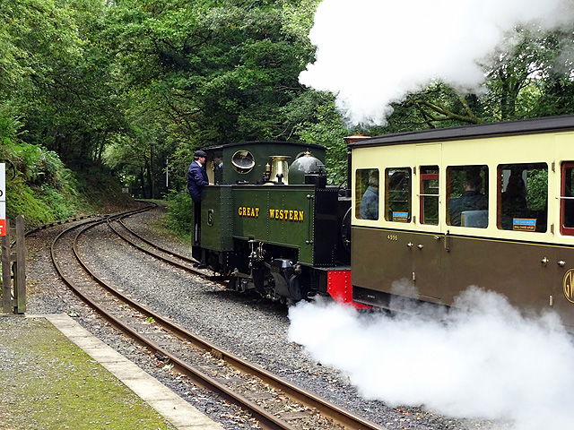 No 8 finally departs from Aberffrwd for Aberystwyth